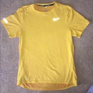 Nike dri-fit t-shirt. Size S.
